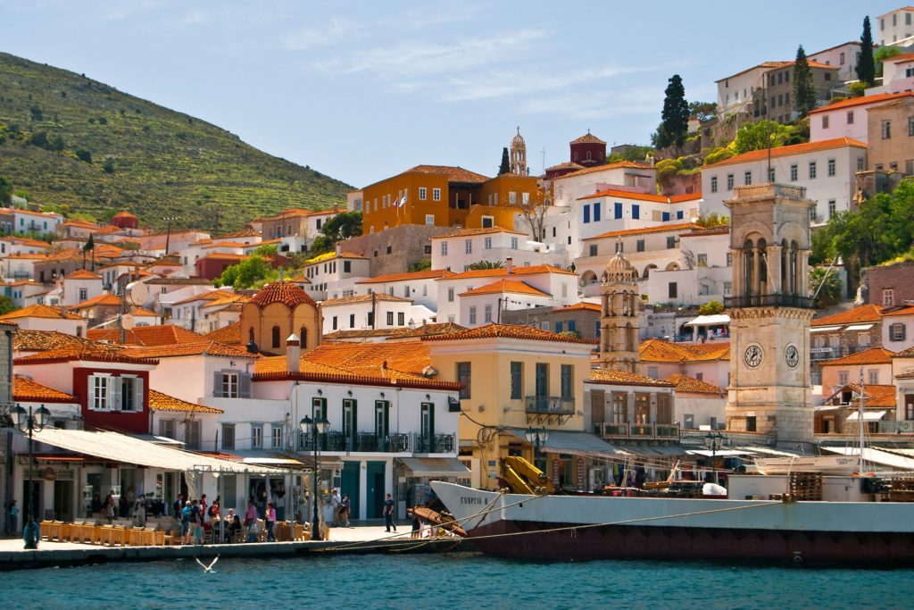 Harbour-and-town-hydra-Greece